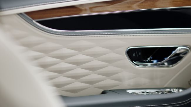 細節 成就一切 Bentley New Flying Spur細節預賞