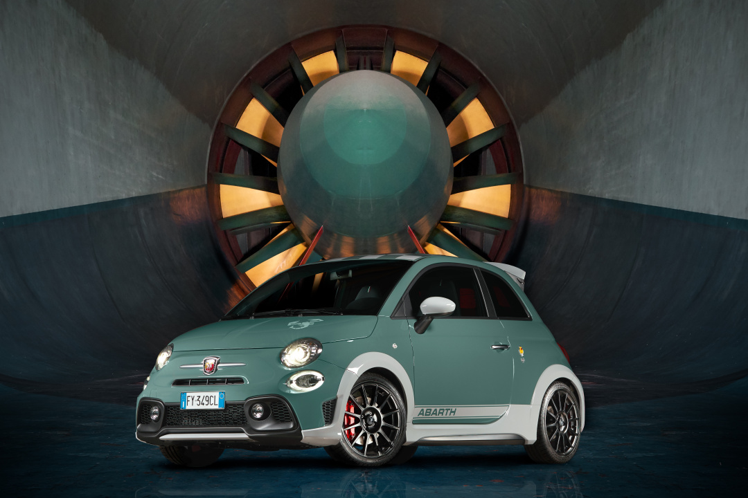 SMALL_191004_Abarth_Nuova-695_02