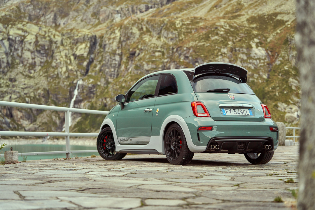 SMALL_191004_Abarth_Nuova-695_18