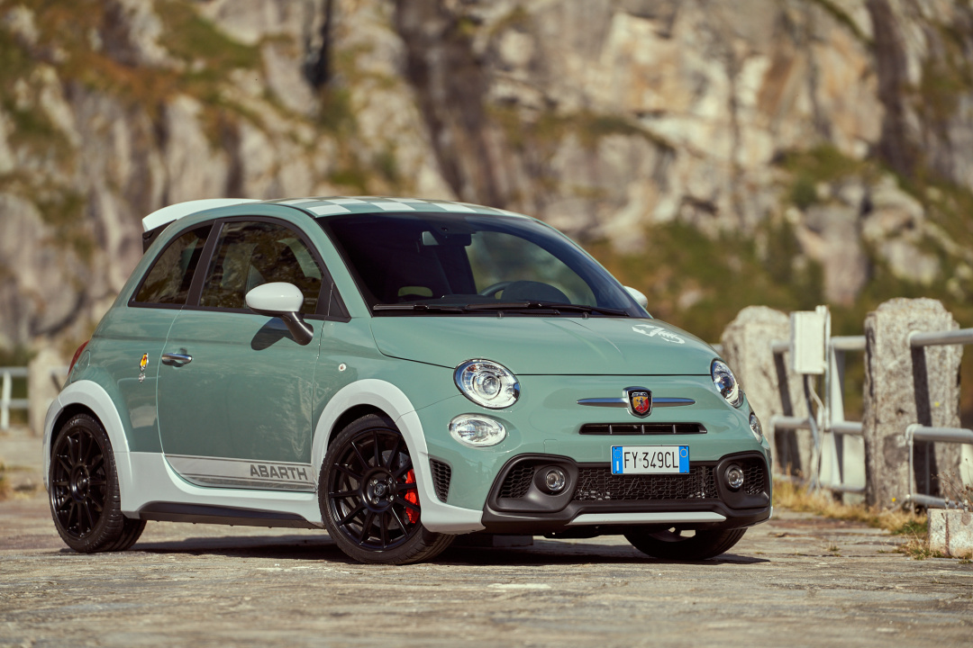 SMALL_191004_Abarth_Nuova-695_26