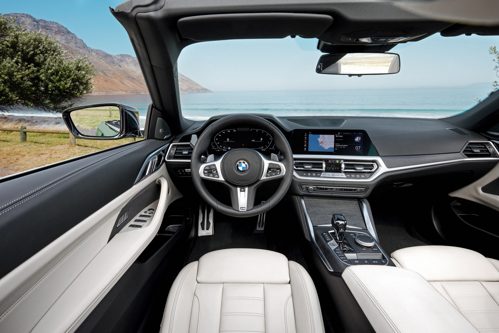 SMALL_P90400436_highRes_the-all-new-bmw-4-se