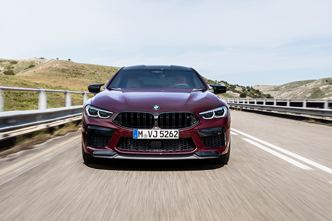 SMALL_P90369598_highRes_the-new-bmw-m8-gran-