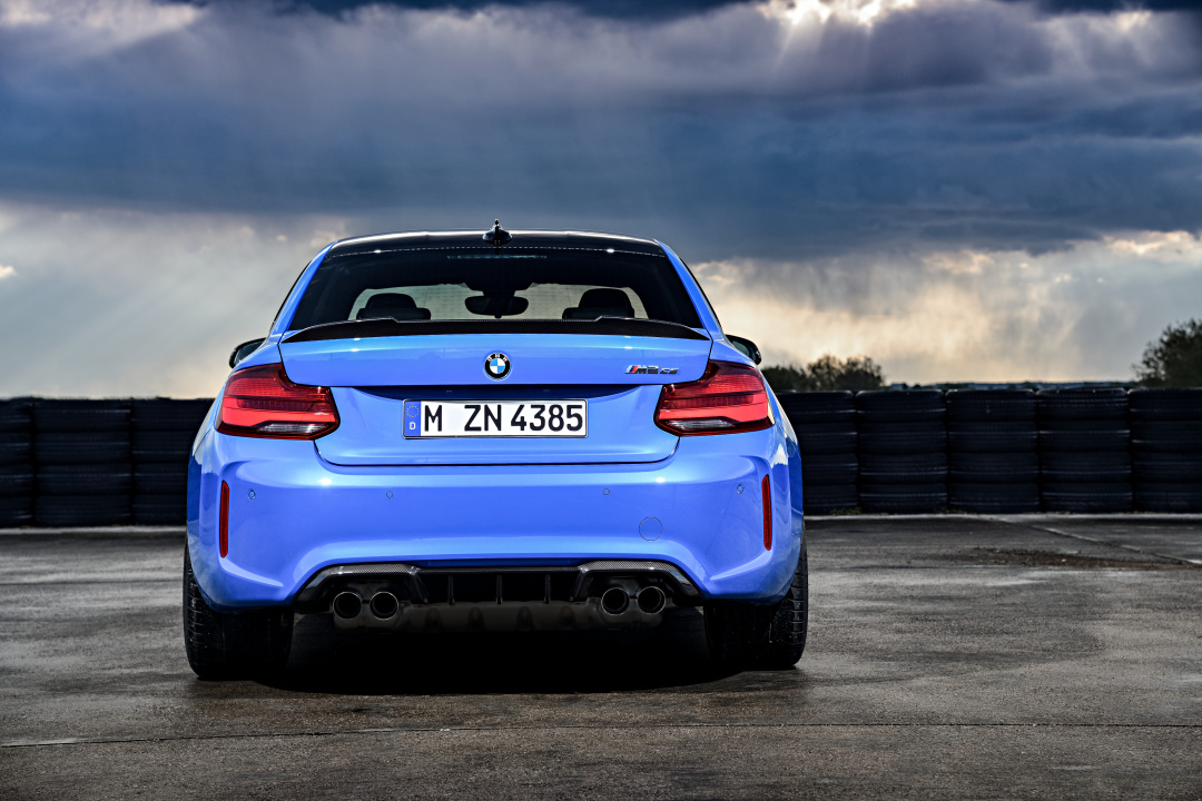 SMALL_P90374196_highRes_the-all-new-bmw-m2-c