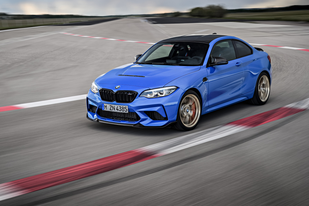 SMALL_P90374205_highRes_the-all-new-bmw-m2-c