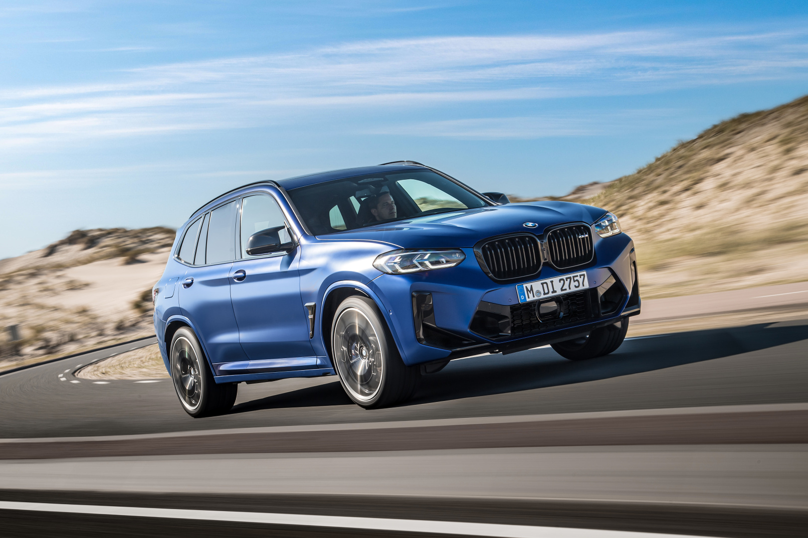 SMALL_P90423880_highRes_the-new-bmw-x3-m-com
