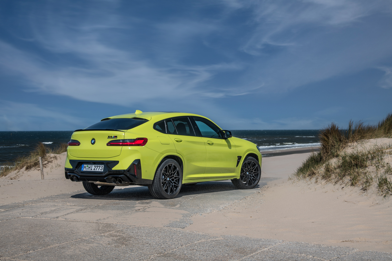 SMALL_P90423944_highRes_the-new-bmw-x4-m-com