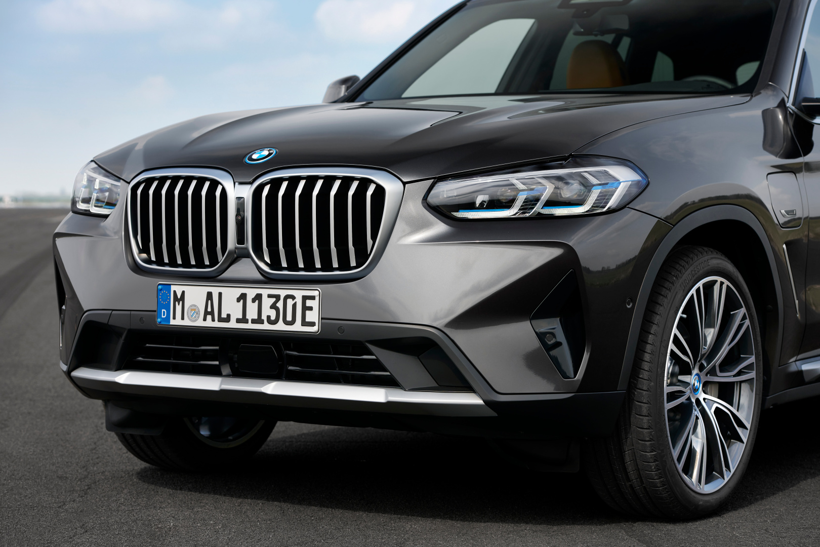 SMALL_P90424701_highRes_the-new-bmw-x3-xdriv