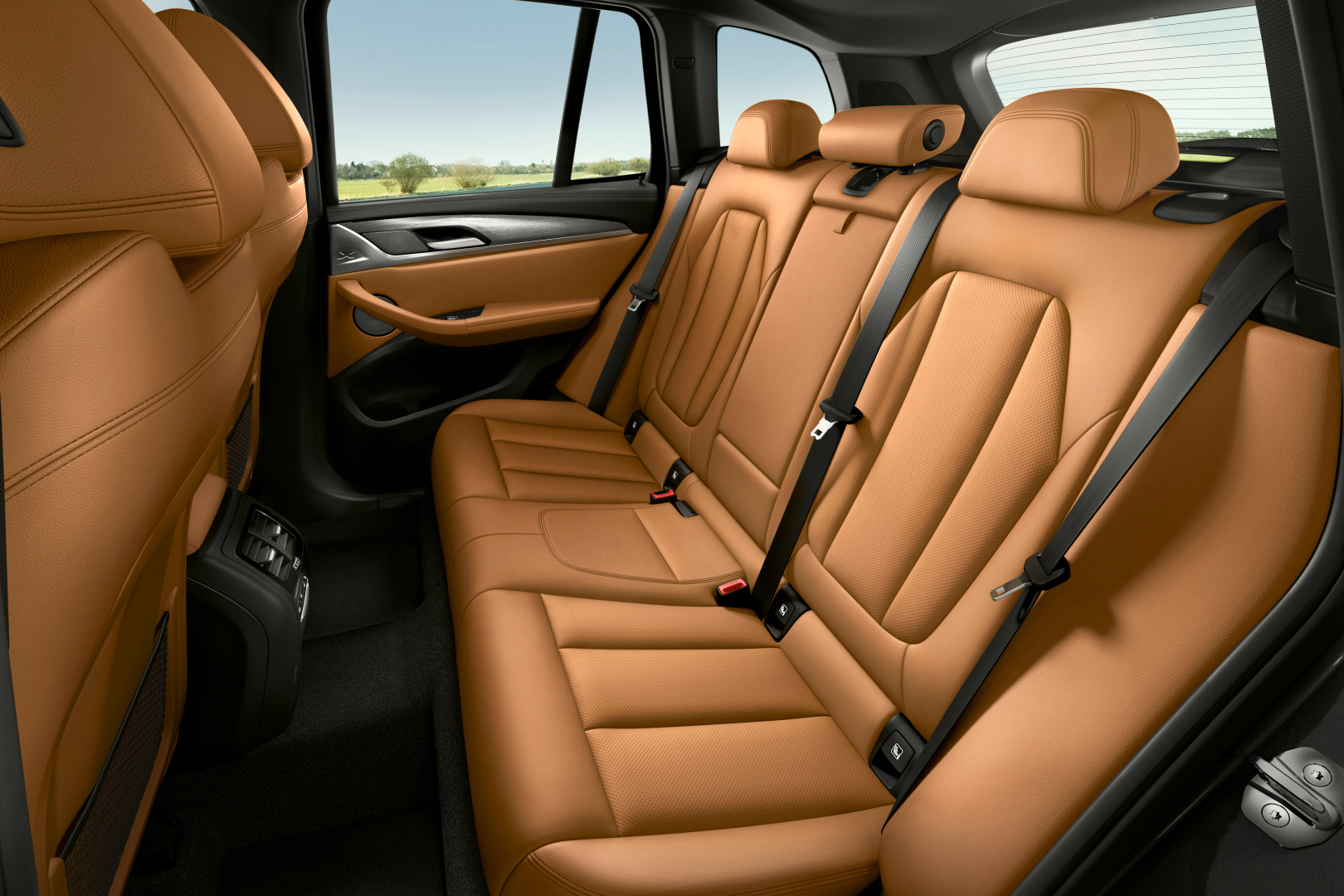 SMALL_P90424709_highRes_the-new-bmw-x3-xdriv