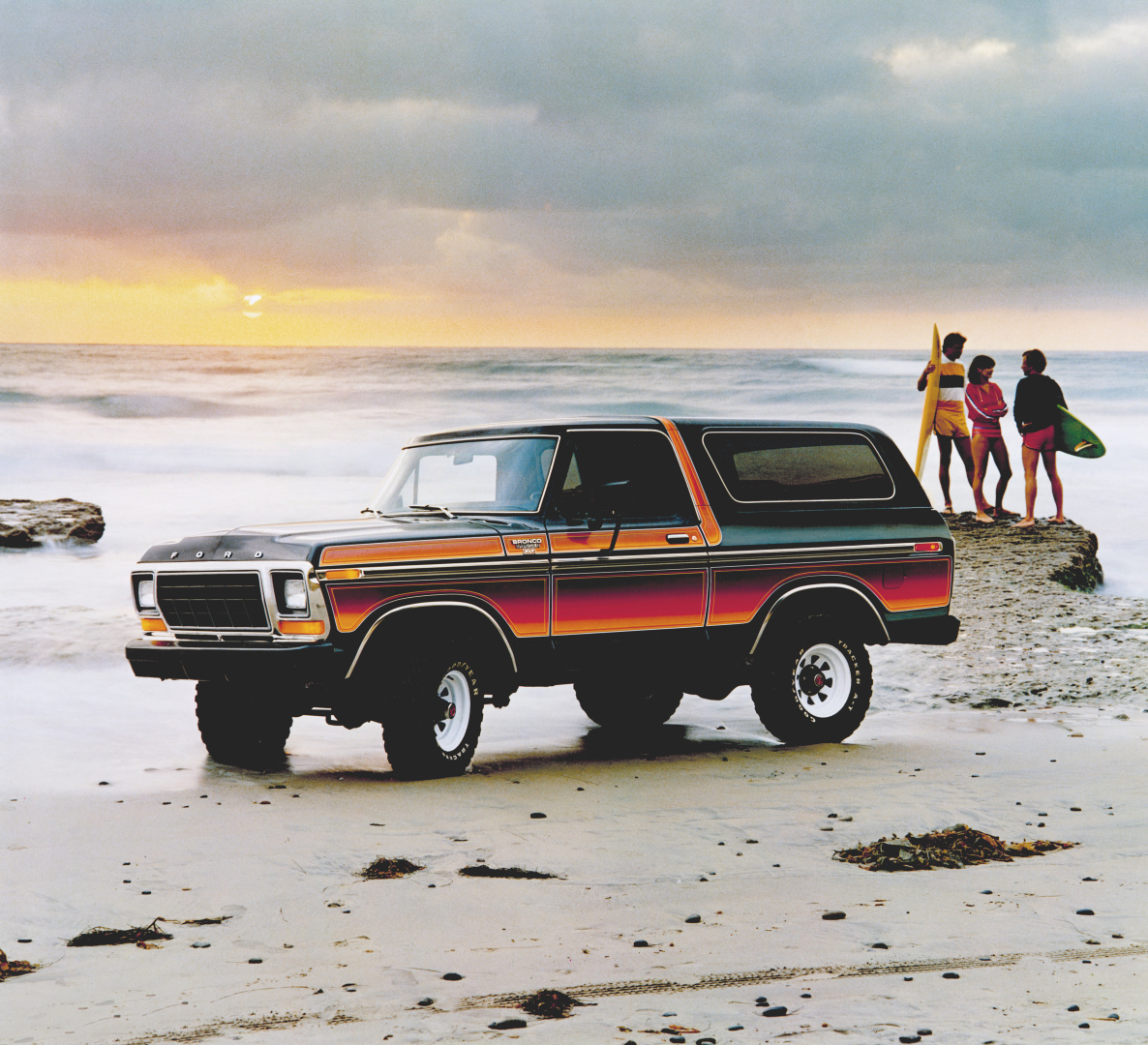 SMALL_1979 Ford Bronco neg CN26011-264