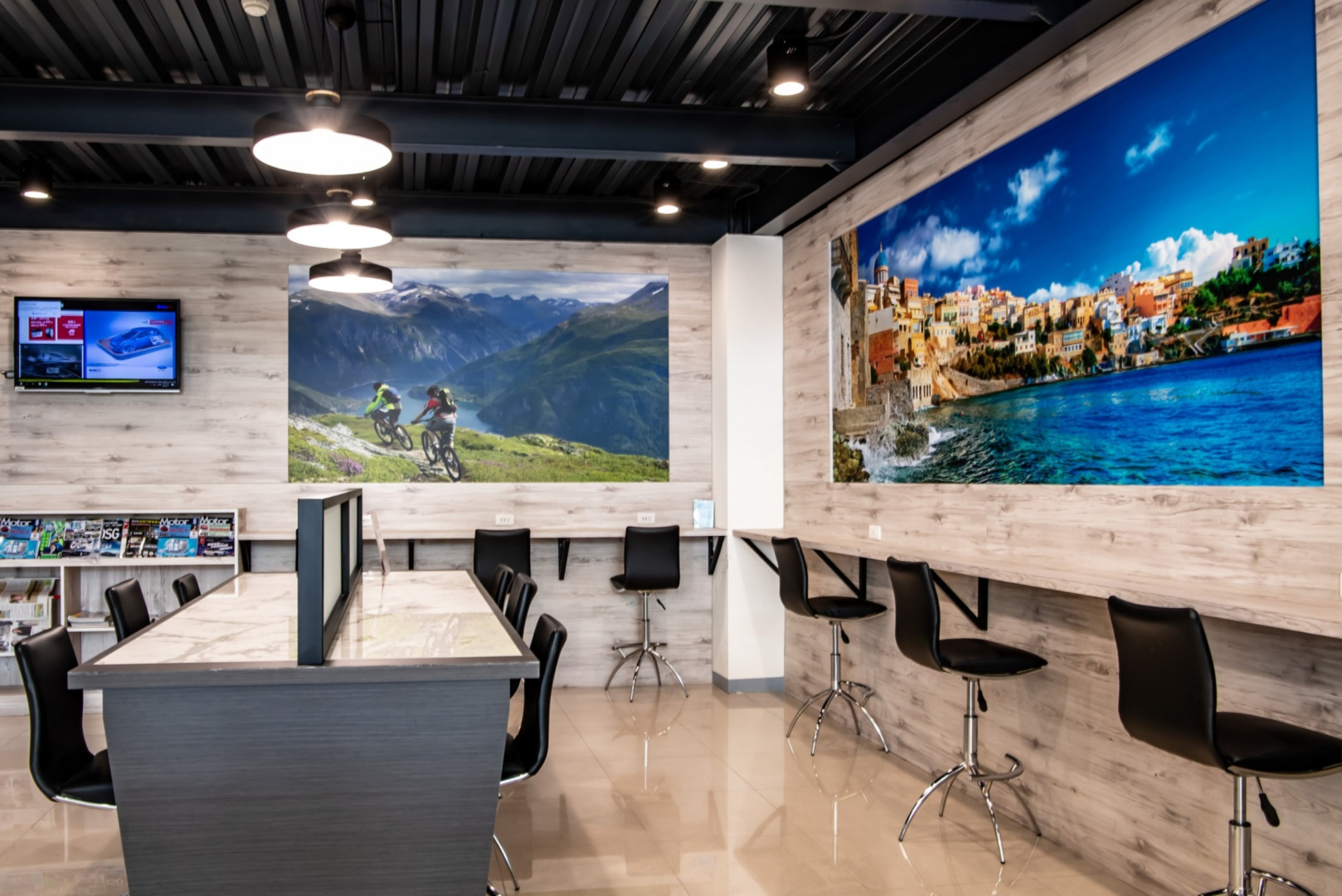 SMALL_【圖十一】Ford瑞特汽車嘉義據點嶄新的客休區提供明亮的休憩空間