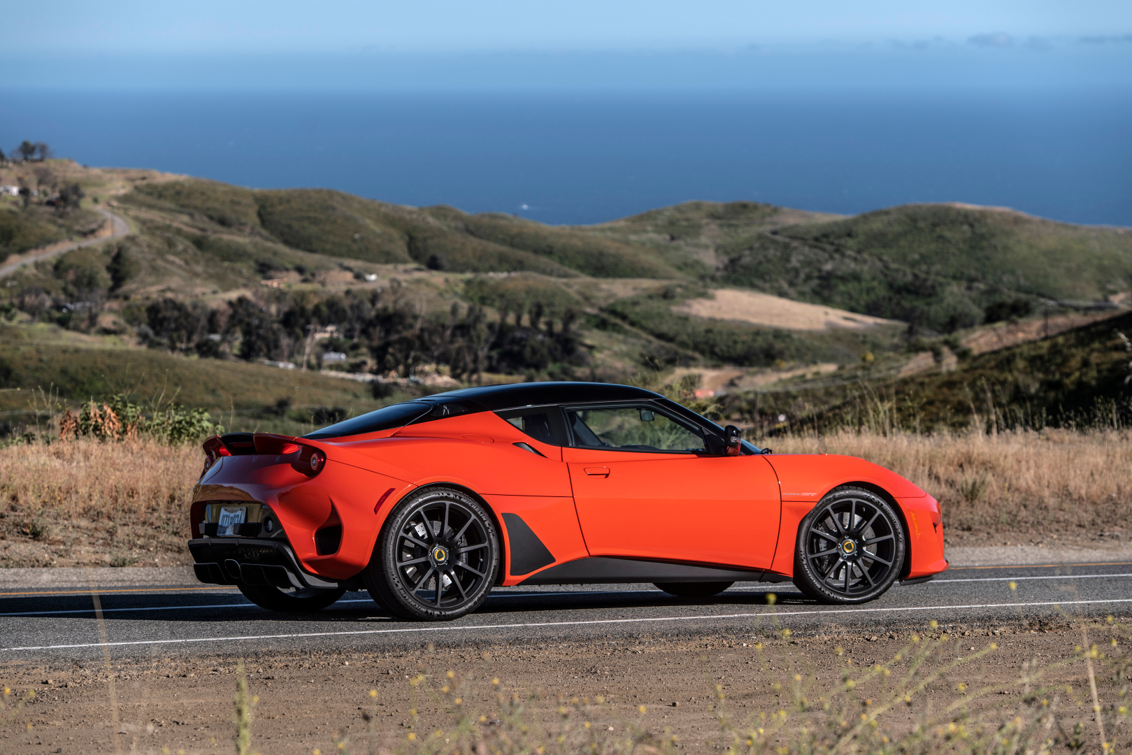 SMALL_Lotus_Evora_GT_North_America_West-Coast_Press_Car-05