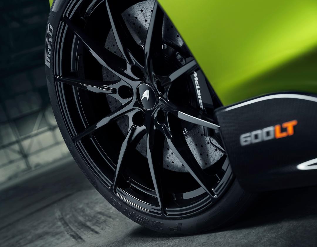 SMALL_10354-McLaren600LTSpider