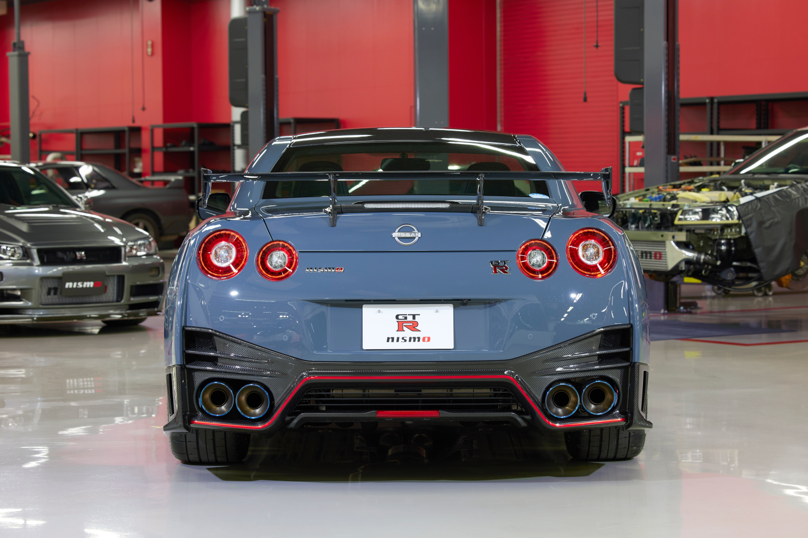 SMALL_22MY_New_GT-R_NISMO_3940