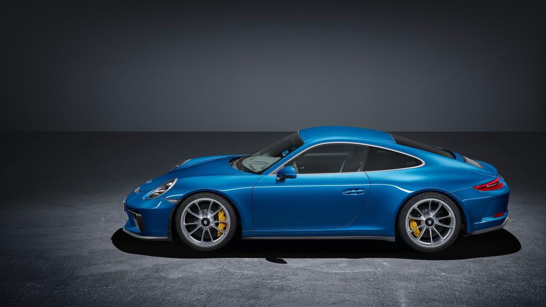 SMALL_b-02_Porsche_GT3_Seite02_var