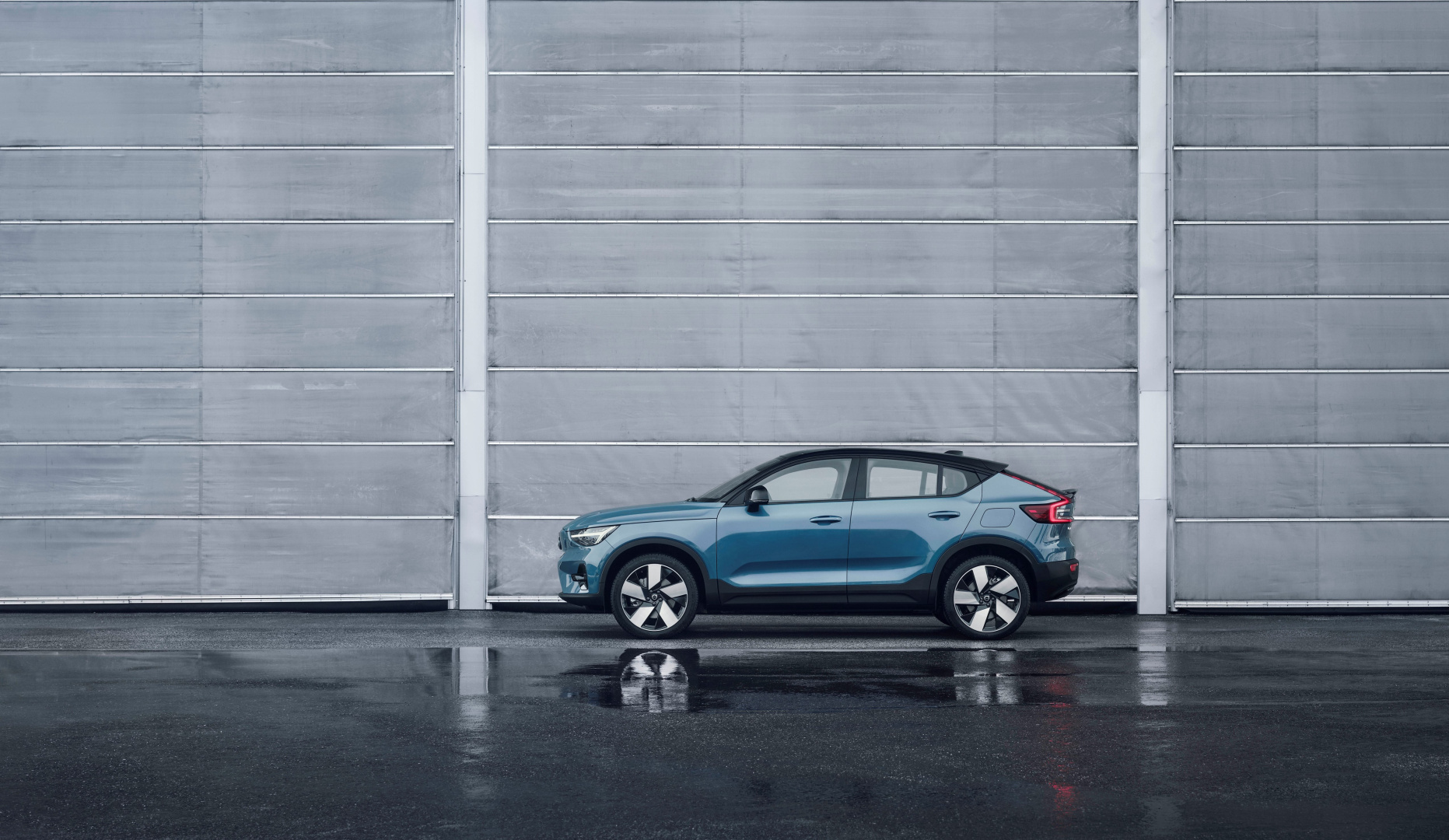 SMALL_277632_Volvo_C40_Recharge
