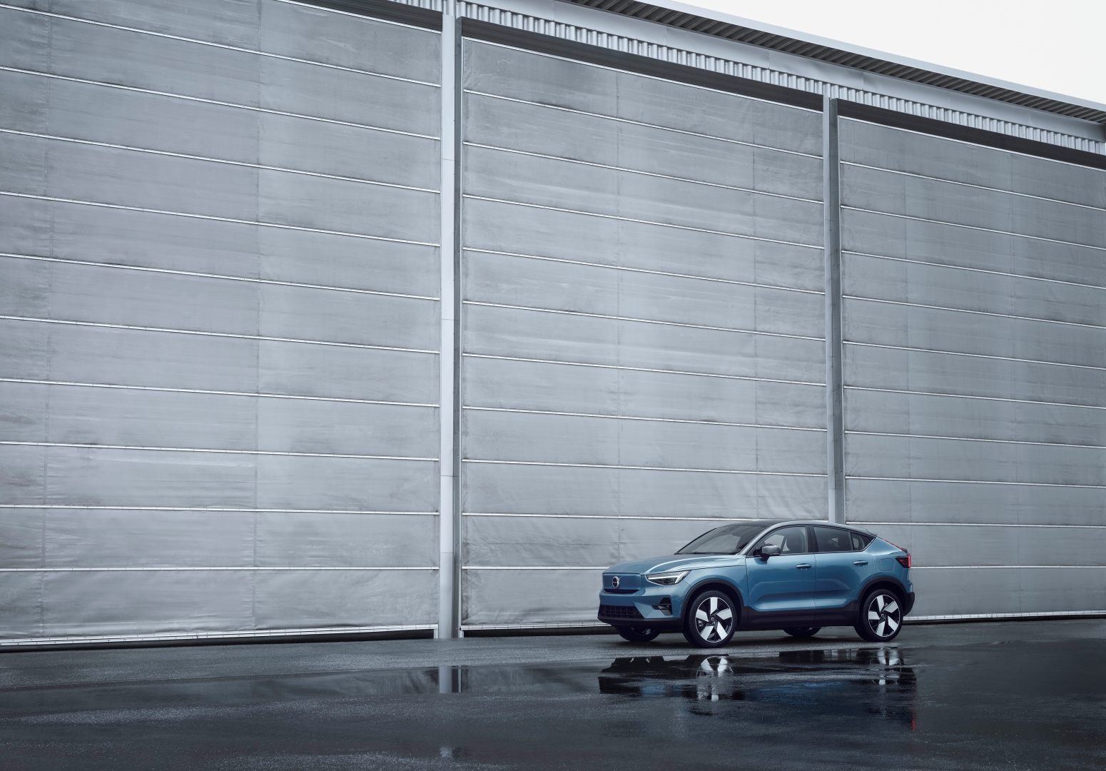 SMALL_277642_Volvo_C40_Recharge